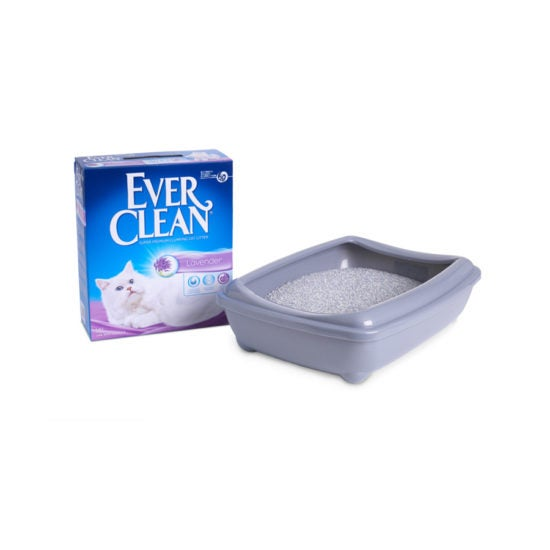 Ever Clean Super Premium Clumping Cat Litter Lavender Scent Product Image with the tray